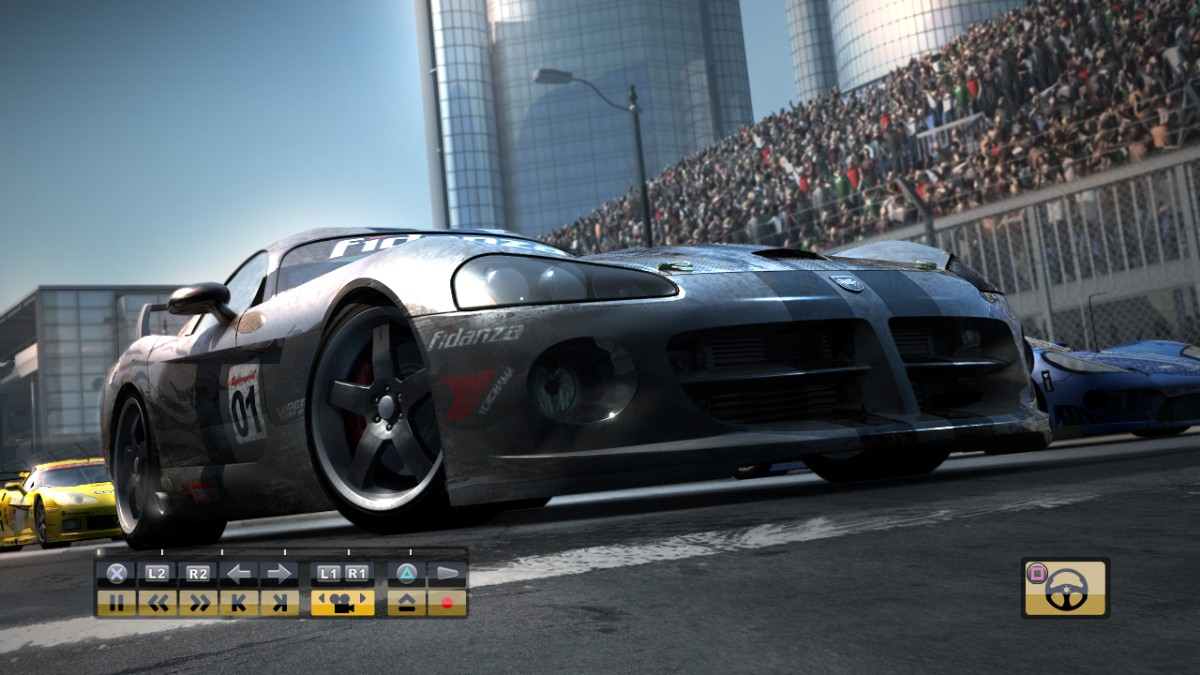screen1_large Race Driver GRID Multi-5 Full-Rip Skullptura